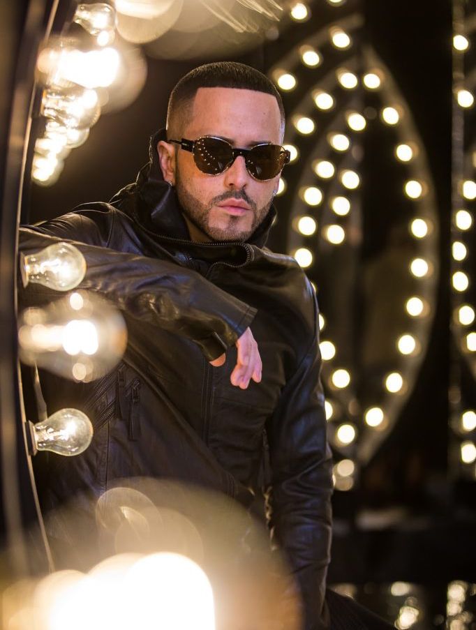 Photo of Yandel lanza nuevo disco como solista «The One»
