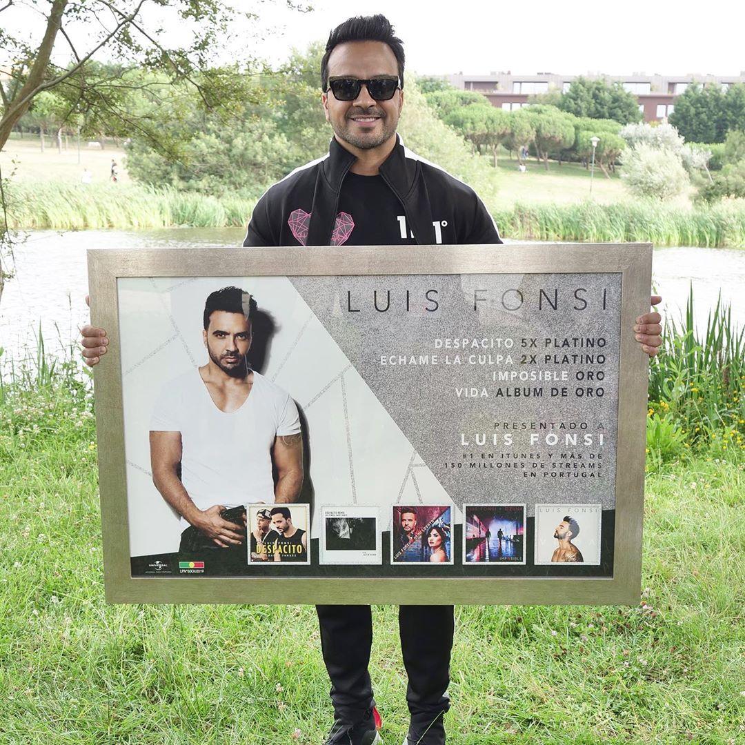 Photo of Luis Fonsi recibe reconocimiento en Portugal