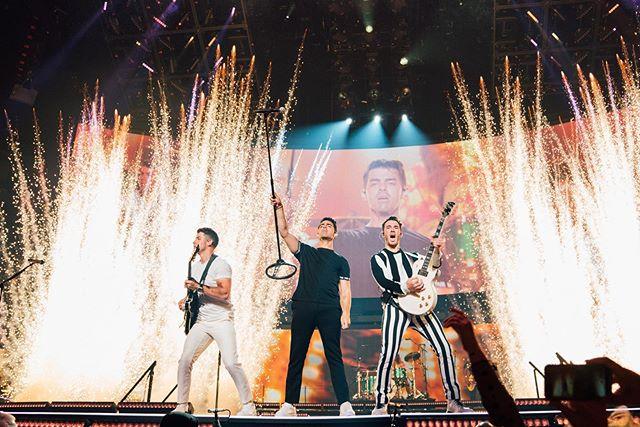 Photo of Los Jonas Brothers inician su nueva gira 'Happiness Begins Tour'