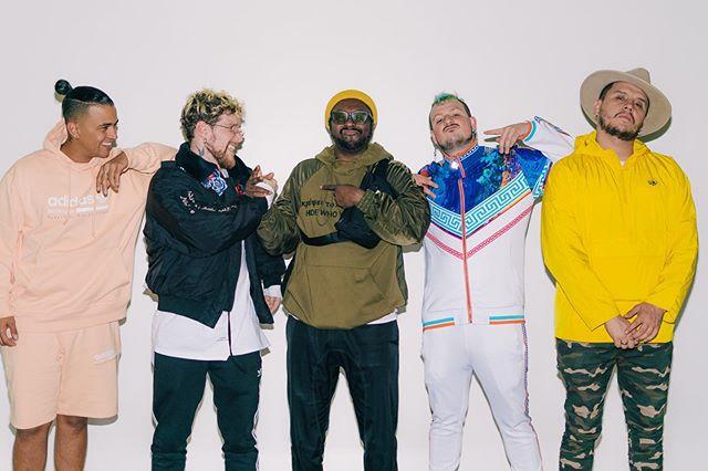 """Photo of Piso 21 presenta """"Mami"""", su nueva canción creada en colaboración con Black Eyed Peas"""