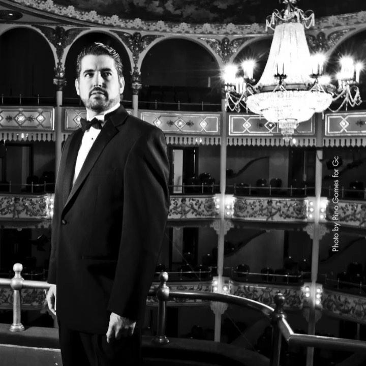 """Photo of Ricardo Velasquez en concierto """"Volver"""" este 21 y 26 de noviembre en el Teatro Nacional"""