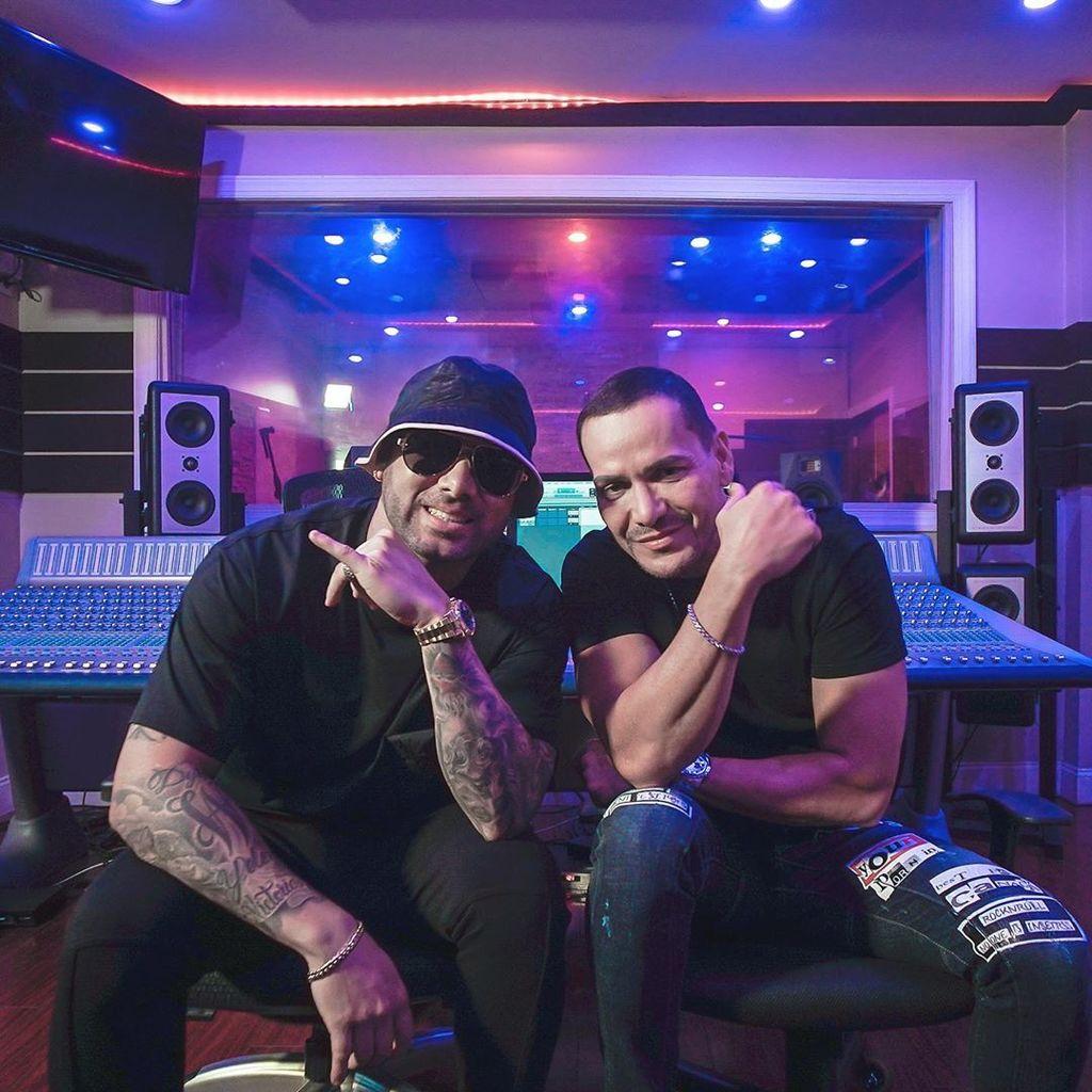 Photo of Víctor Manuelle lanza su nuevo sencillo «Boogaloo Supreme» junto a Wisin
