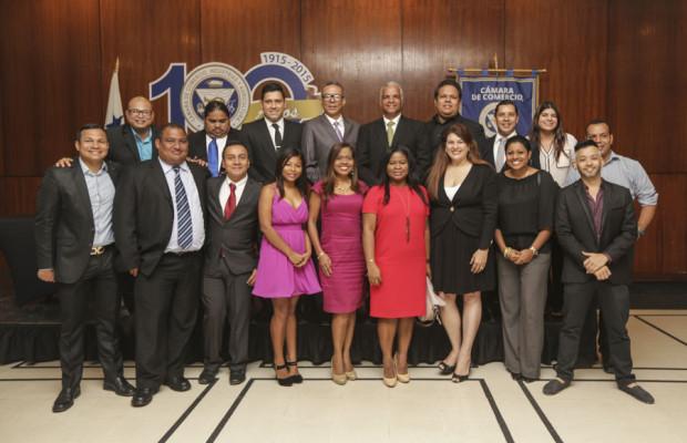 Photo of EMPRESARIOS Y PERIODISTAS CREAN LA ASOCIACIÓN DE MEDIOS DIGITALES DE PANAMÁ