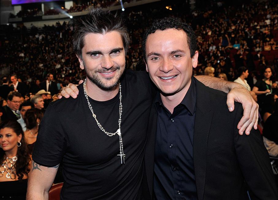 Photo of Juanes y Fonseca juntos en Panamá