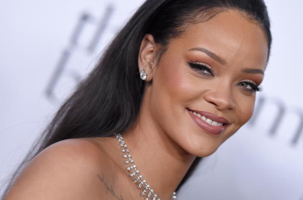 Photo of Rihanna confirma  está a salvo en Niza Tras Ataque Día de la Bastilla