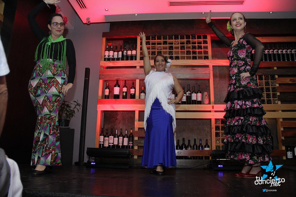 Photo of Noche de Flamenco, vinos y tapas.