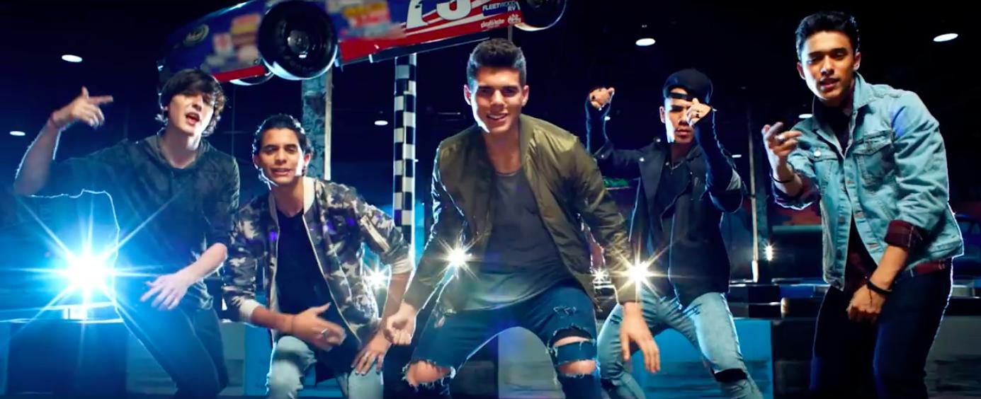 Photo of CNCO lanza sencillo y vídeo 'Reggaetón Lento'