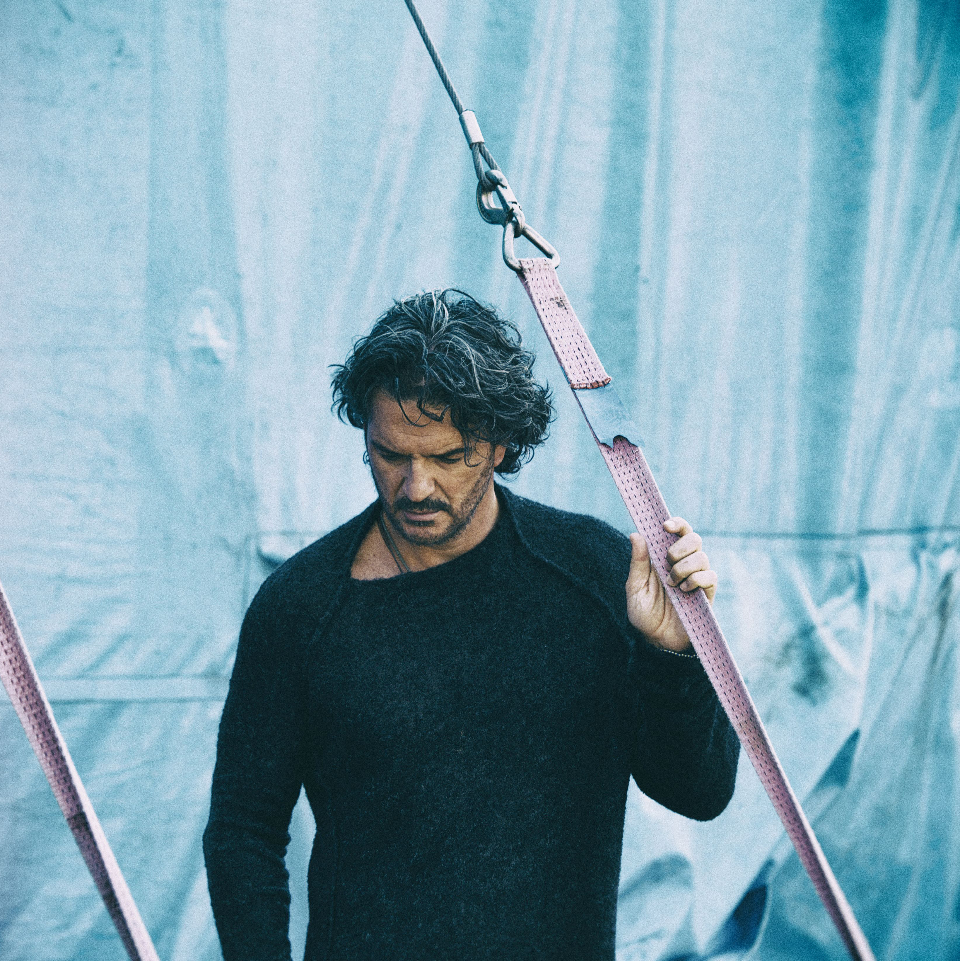 Photo of El nuevo single de Ricardo Arjona 'Ella'