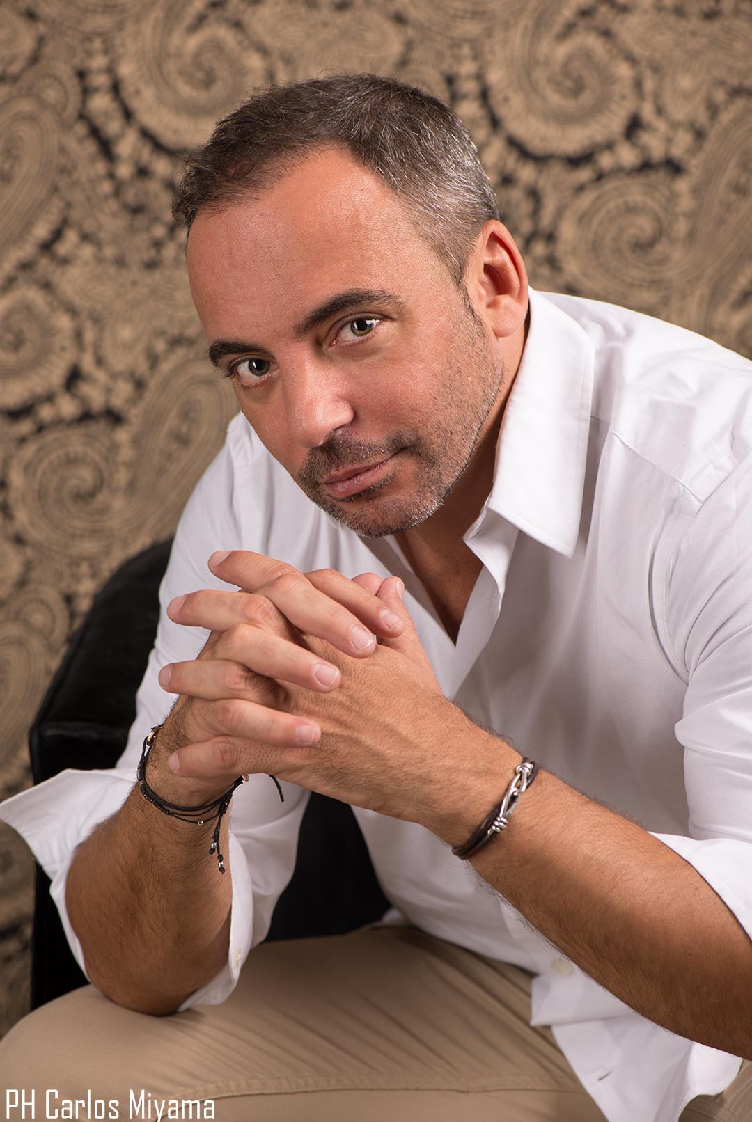 Photo of Marcos Llunas regresa renovado con 'Vuela Corazón'