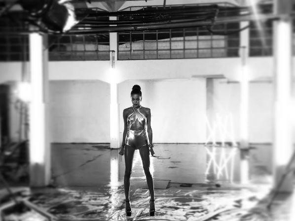 Photo of Tini Stoessel presentó su nuevo vídeo 'Si tu te vas'