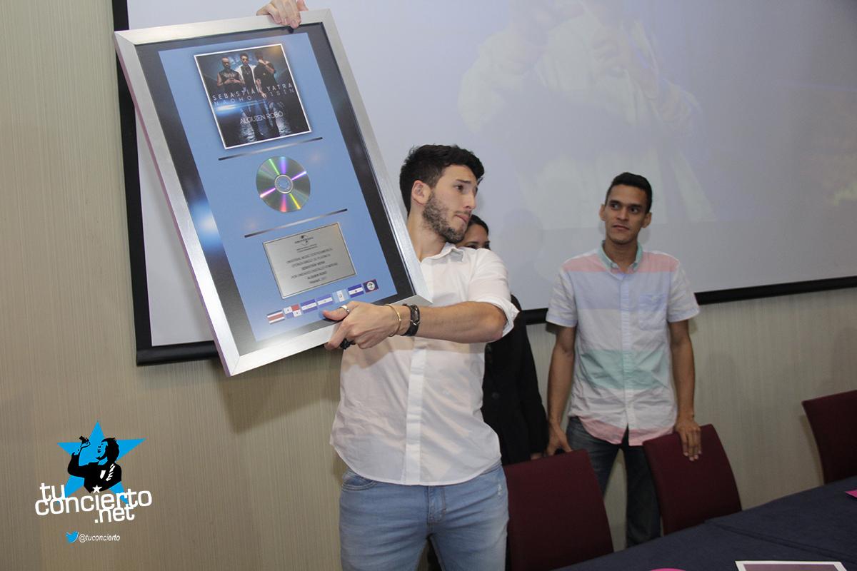 Photo of Conferencia de Prensa de Sebastian Yatra
