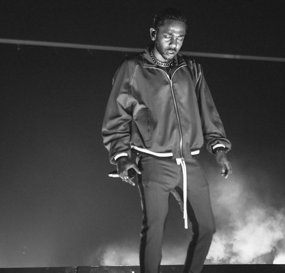 Photo of Kendrick Lamar junto a Rihanna estrena 'LOYALTY'