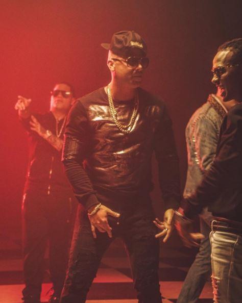 Photo of Wisin estrena la versión Remix de 'Escápate Conmigo'