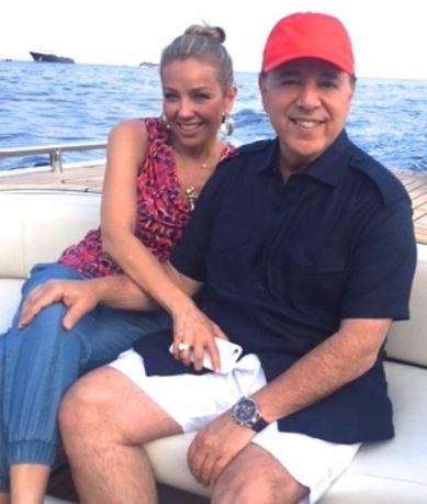 Photo of Tommy Mottola orgulloso de su familia