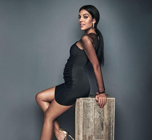 Photo of Georgina Rodríguez posa en su primer embarazo