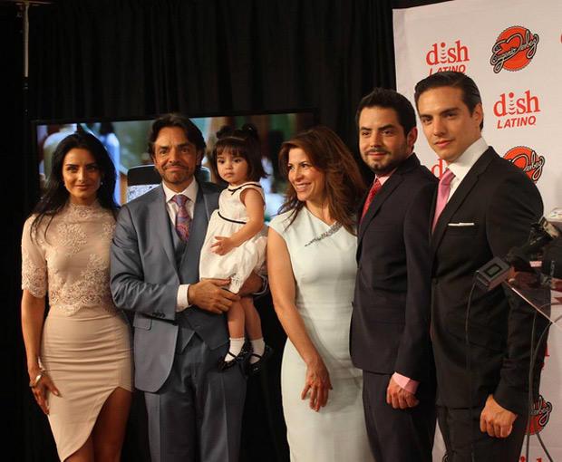 Photo of La familia Derbez también llegará a la pantalla chica