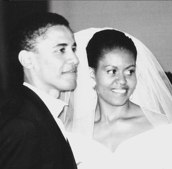 Photo of Michelle y Barack Obama celebran hoy 3 de octubre 25 años de aniversario