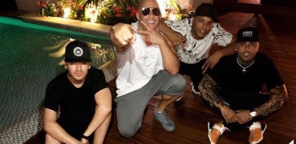 Photo of Vin Diesel de vacaciones en la casa de Nicky Jam