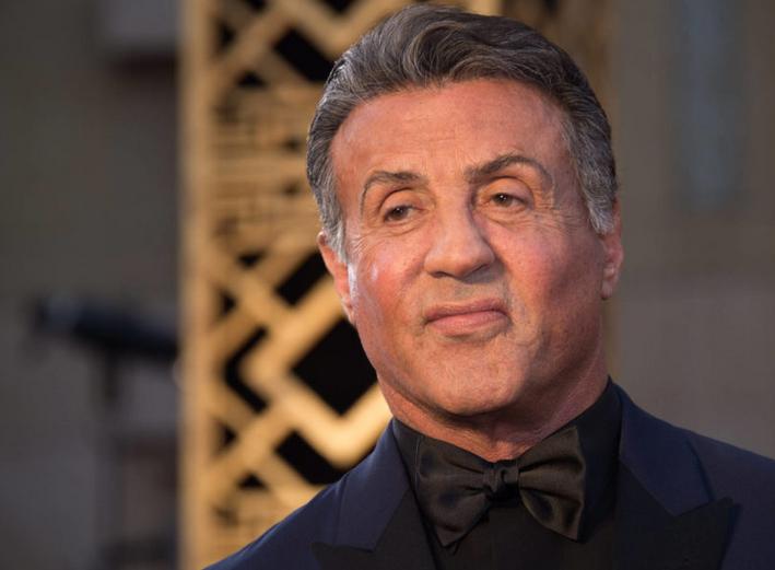 Photo of Allegados al actor Sylvester Stallonelo defienden le las acusaciones recibidas