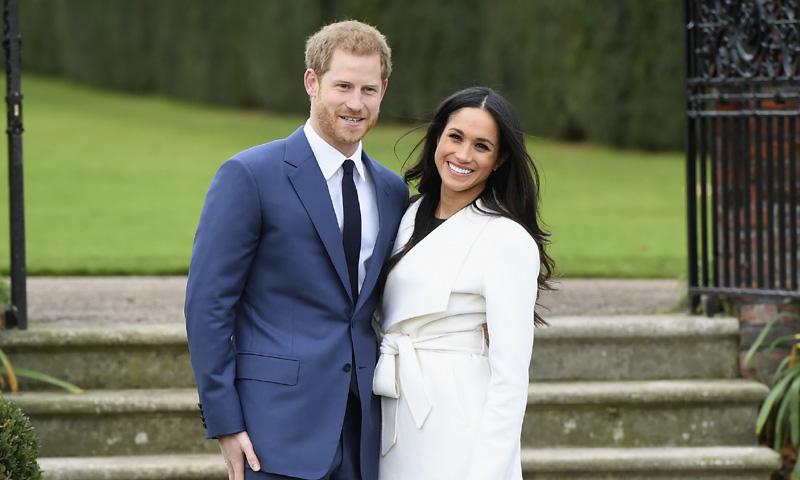 Photo of El príncipe Enrique de Inglaterra anuncia su compromiso con Meghan Markle