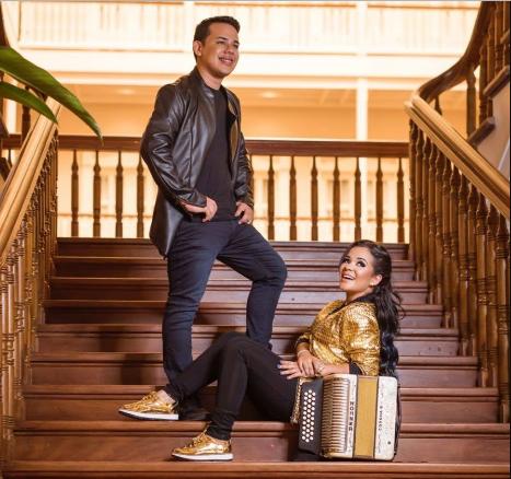 Photo of Kenny y Kiara lanza «La Papayita»