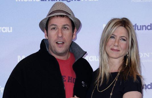 Photo of Jennifer Aniston y Adam Sandler protagonizaran 'Murder Mystery'