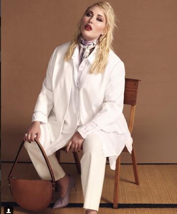 Photo of Hayley Hasselhoff, una modelo de talla grande