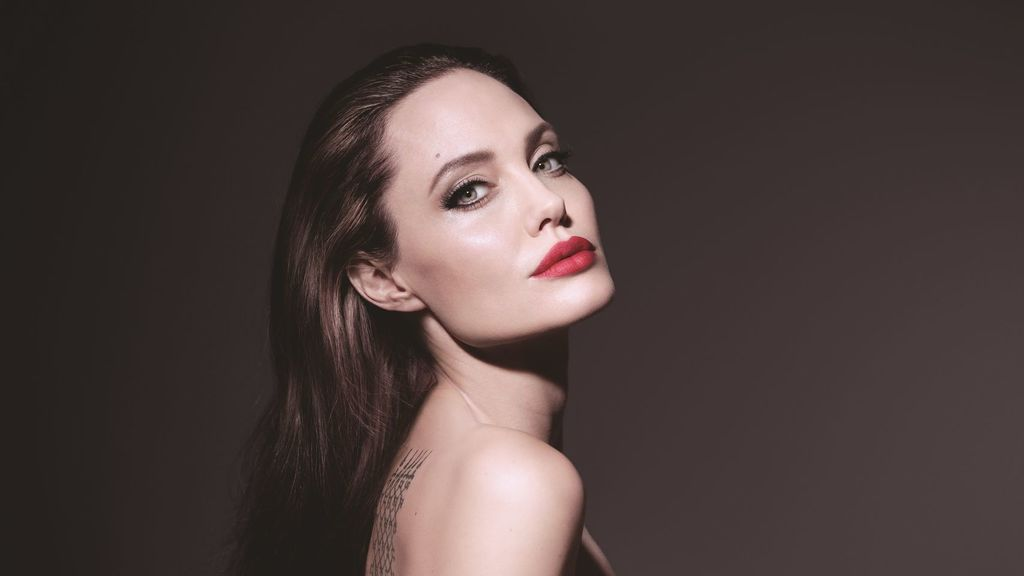 Photo of HBD para Angelina Jolie
