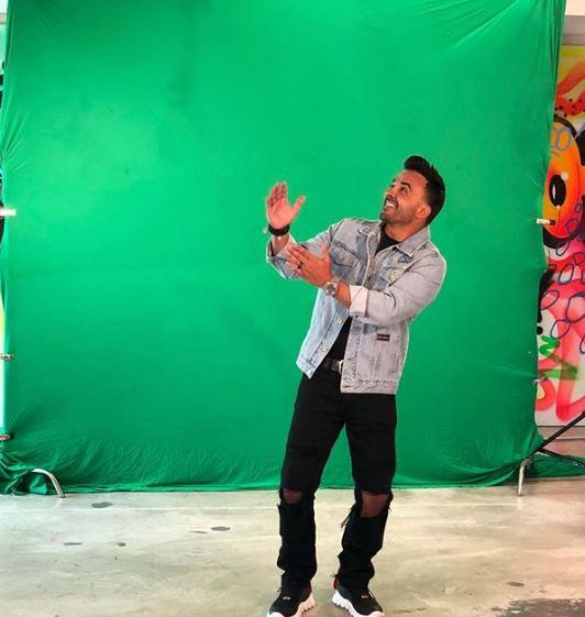 Photo of Luis Fonsi presenta 'Calypso'