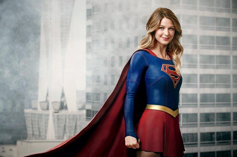Photo of Warner Bros quiere llevar al cine a «Supergirl»