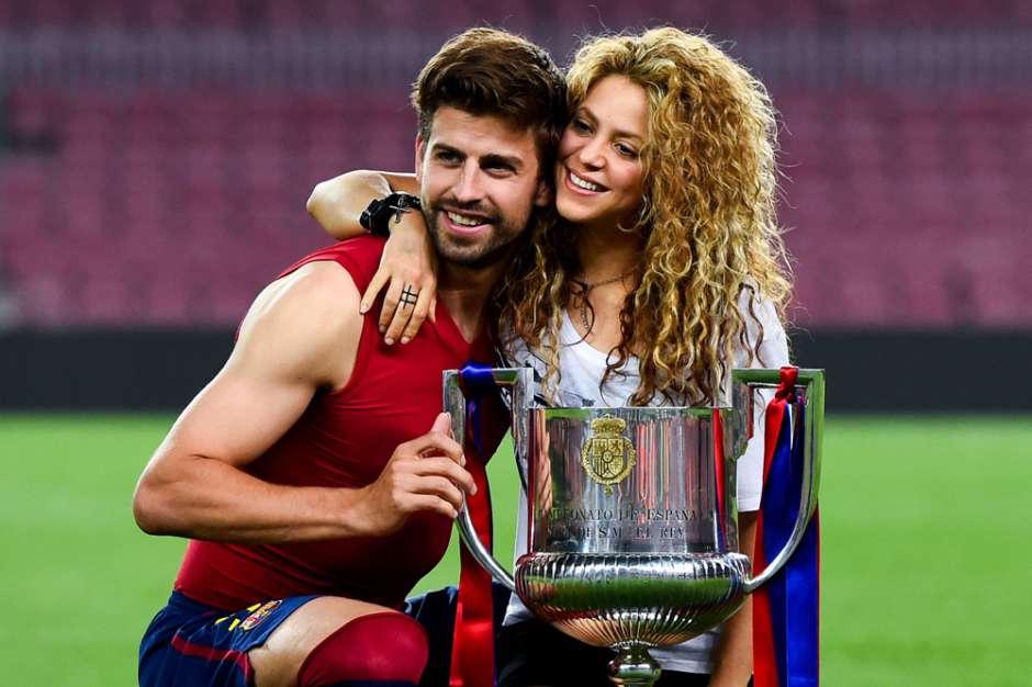 Photo of Shakira envía mensaje de apoyo a Piqué tras la salida de la selección Española
