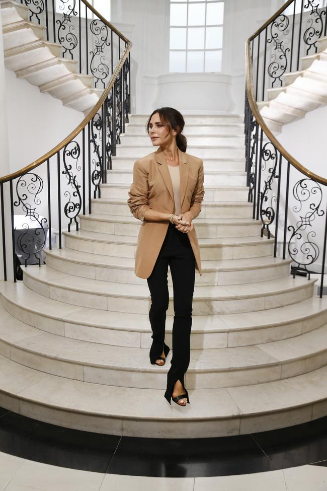 Photo of Victoria Beckham celebra 10 años en la moda