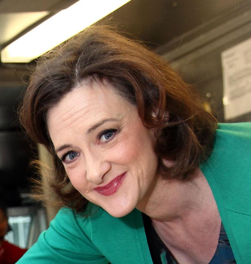 Photo of HBD para Joan Cusack
