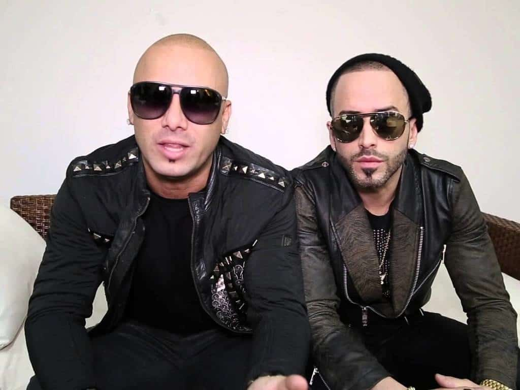"Photo of Wisin y Yandel regresan con ""reggaetón en lo oscuro"""