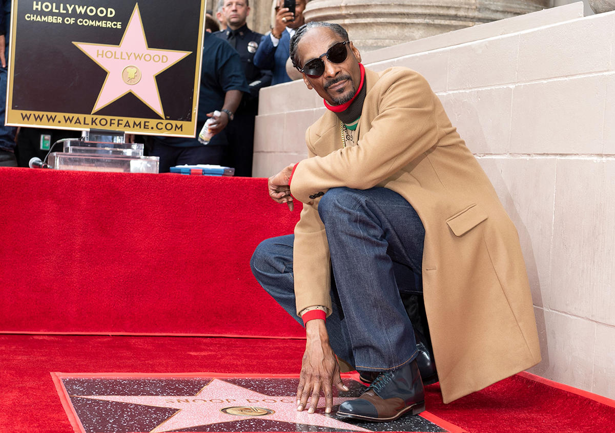 Photo of Snoop Dogg recibe estrella en el Paseo de la Fama de Hollywood