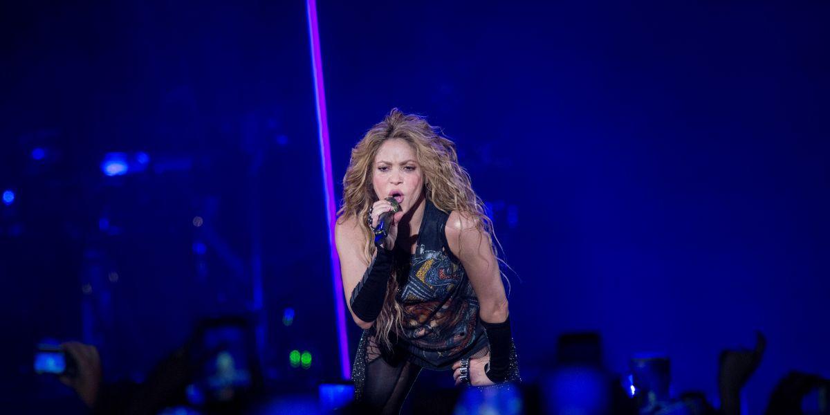 Photo of Shakira deslumbra en el cierre de su gira mundial