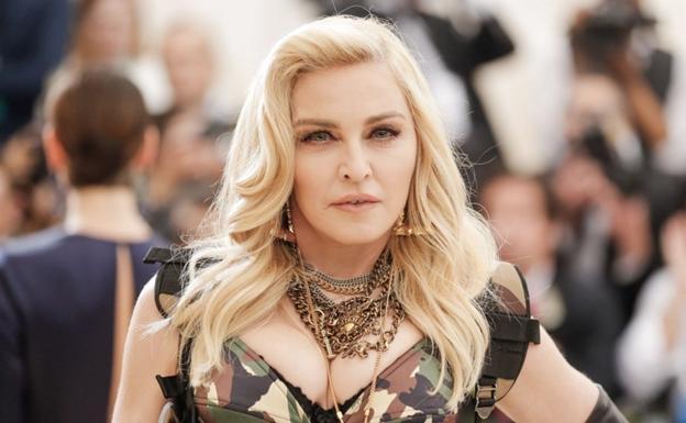 Photo of Madonna presento por primera vez a sus hijos por redes sociales