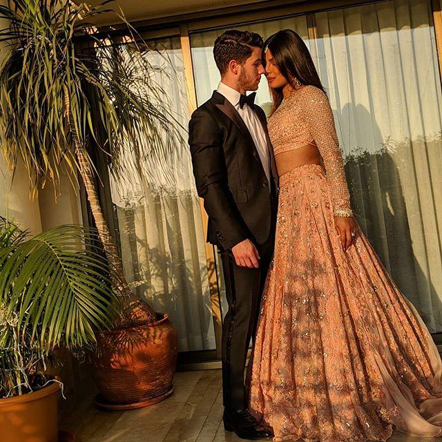 Photo of Nick Jonas y Priyanka Chopra comparten fotos de la Luna de miel
