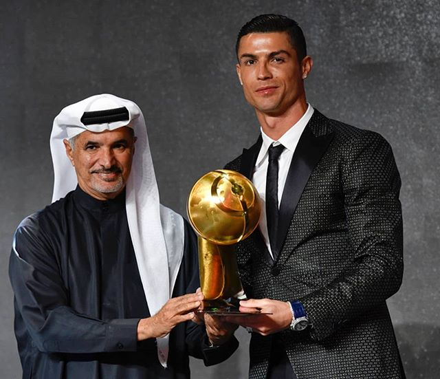 Photo of Cristiano Ronaldo es el jugador del año en los Globe Soccer Awards
