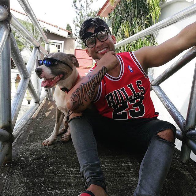 Photo of Makano se realiza su primer tatuaje