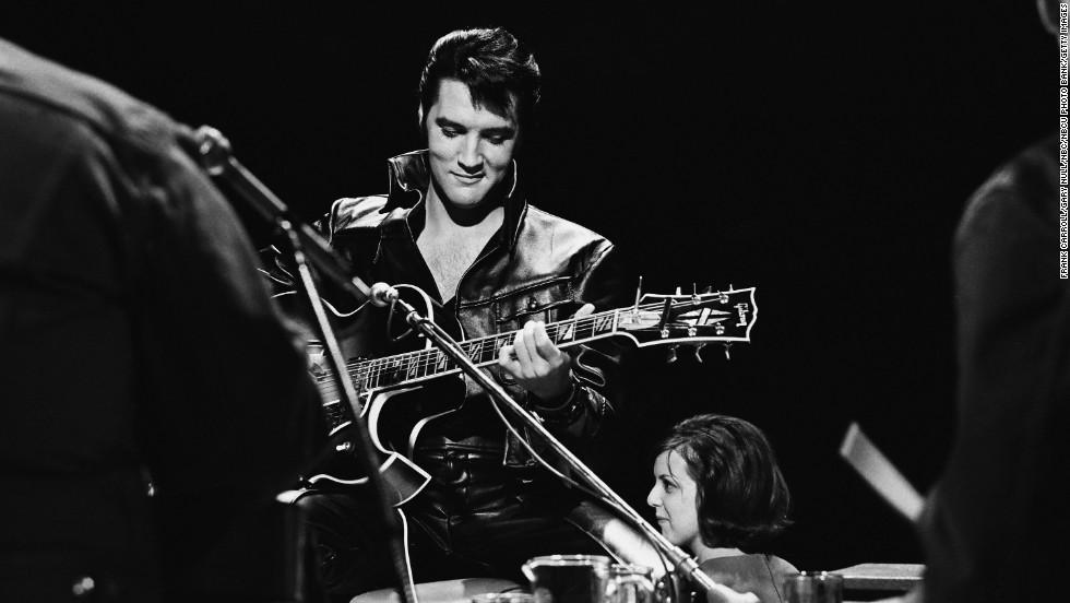 Photo of Honrando a Elvis Presly en el que fuera su cumpleaños