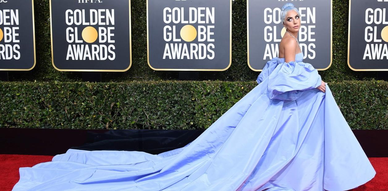 Photo of Lady Gaga triunfa en los Globos de Oro