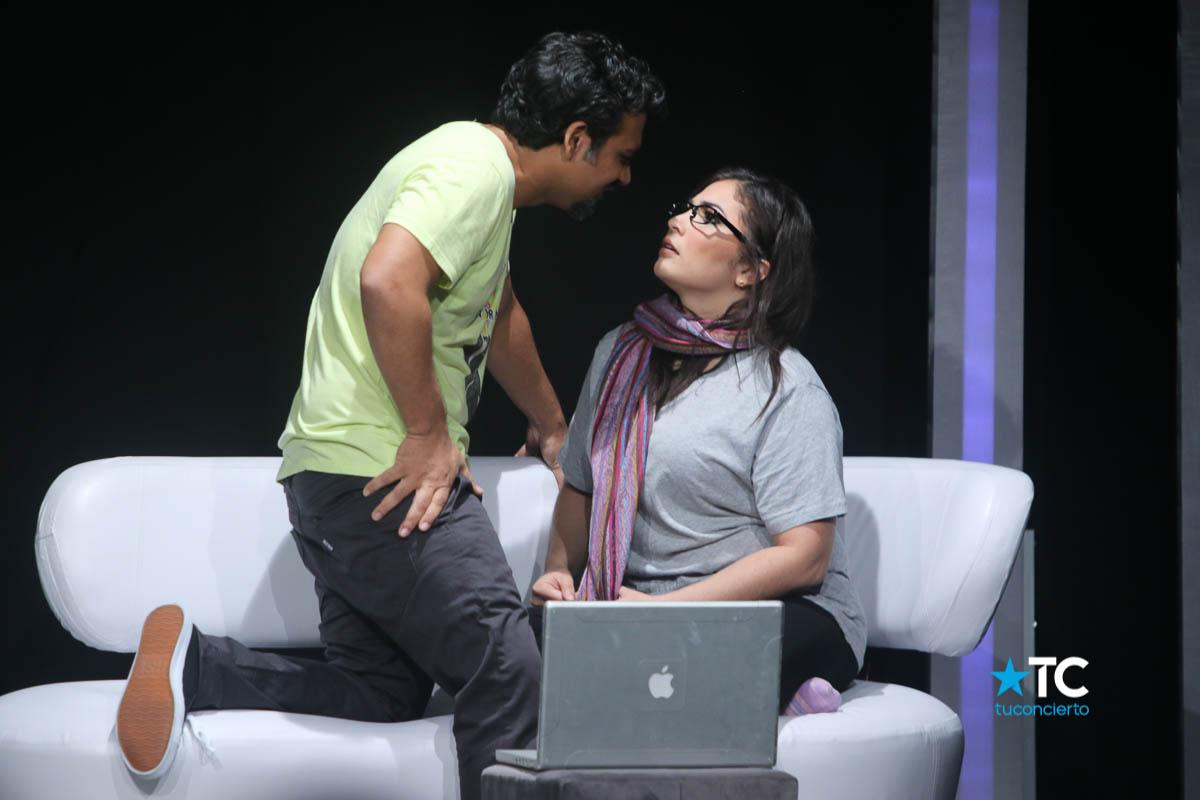 Photo of Estreno de la obra 'La Puerta de al Lado' en Teatro la Estación