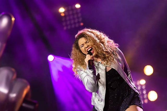 Photo of Astrid Nicole sigue dando excelente presentaciones en The Voice of Finland