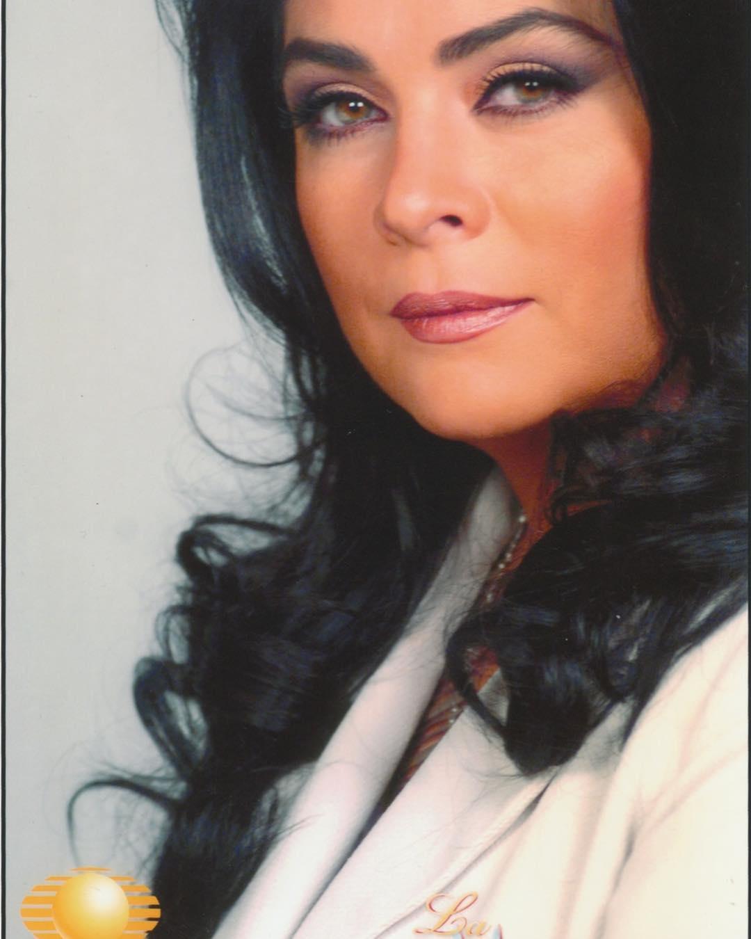 """Photo of Victoria Ruffo regresa a las telenovelas con """"Cita a ciegas"""""""