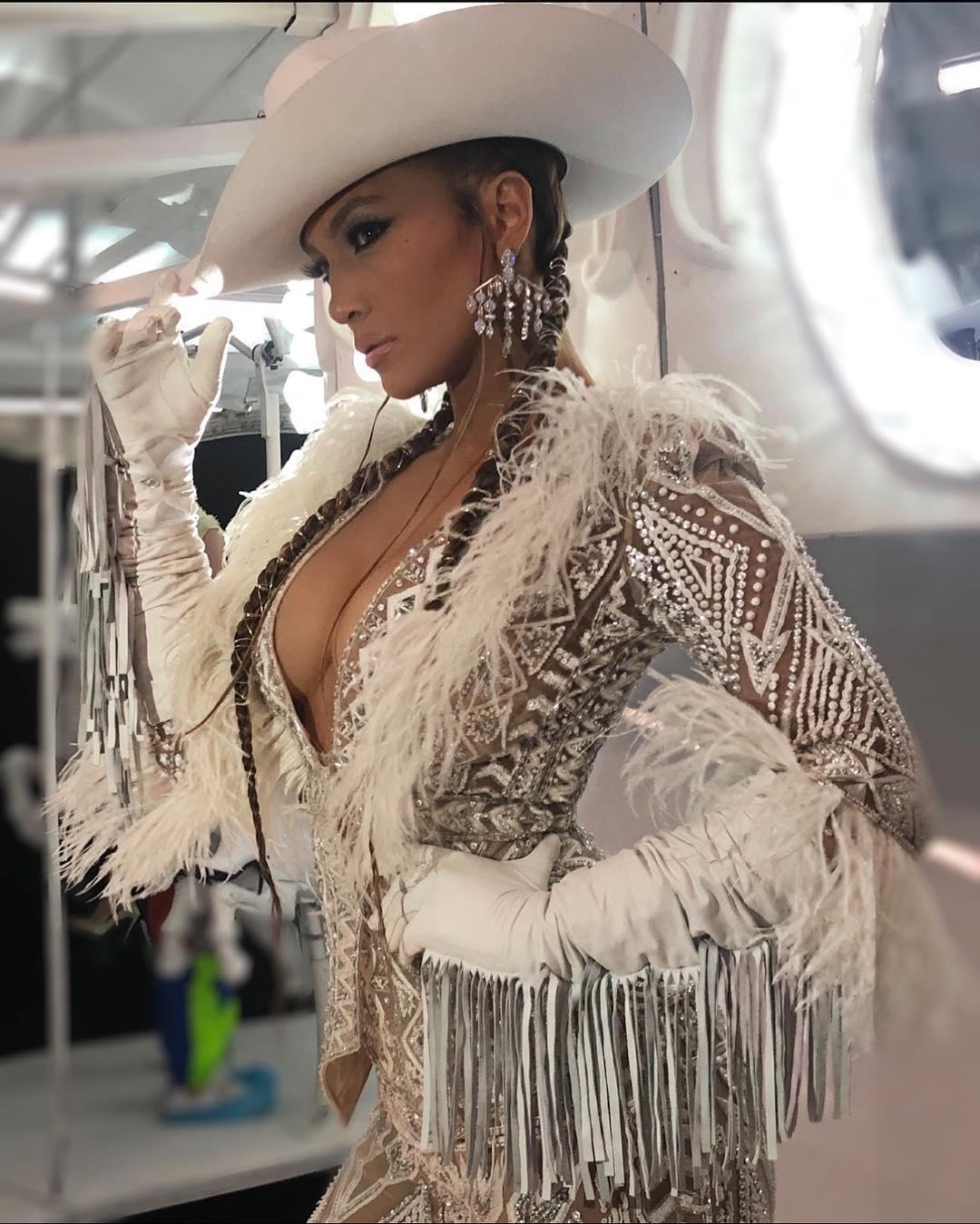 Photo of Jennifer Lopez y French Montana estrenan «Medicine»