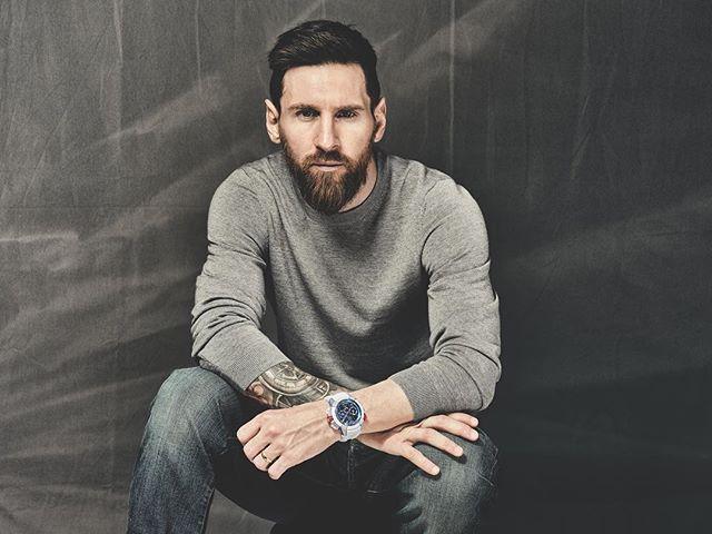 Photo of Leo Messi toma ventaja en la lucha por el Balón de Oro