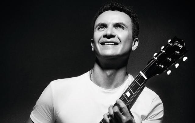 Photo of El cantante Fonseca está de cumpleaños