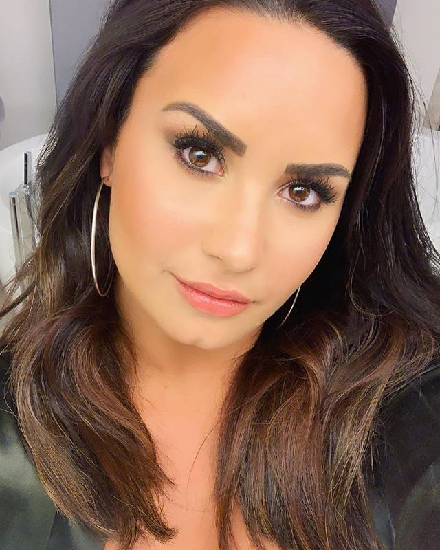 Photo of Demi Lovato poso en bikini y incendio las redes