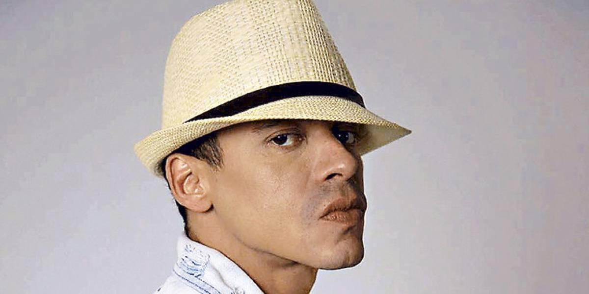 Photo of El cantante Vico C se encuentra hospitalizado
